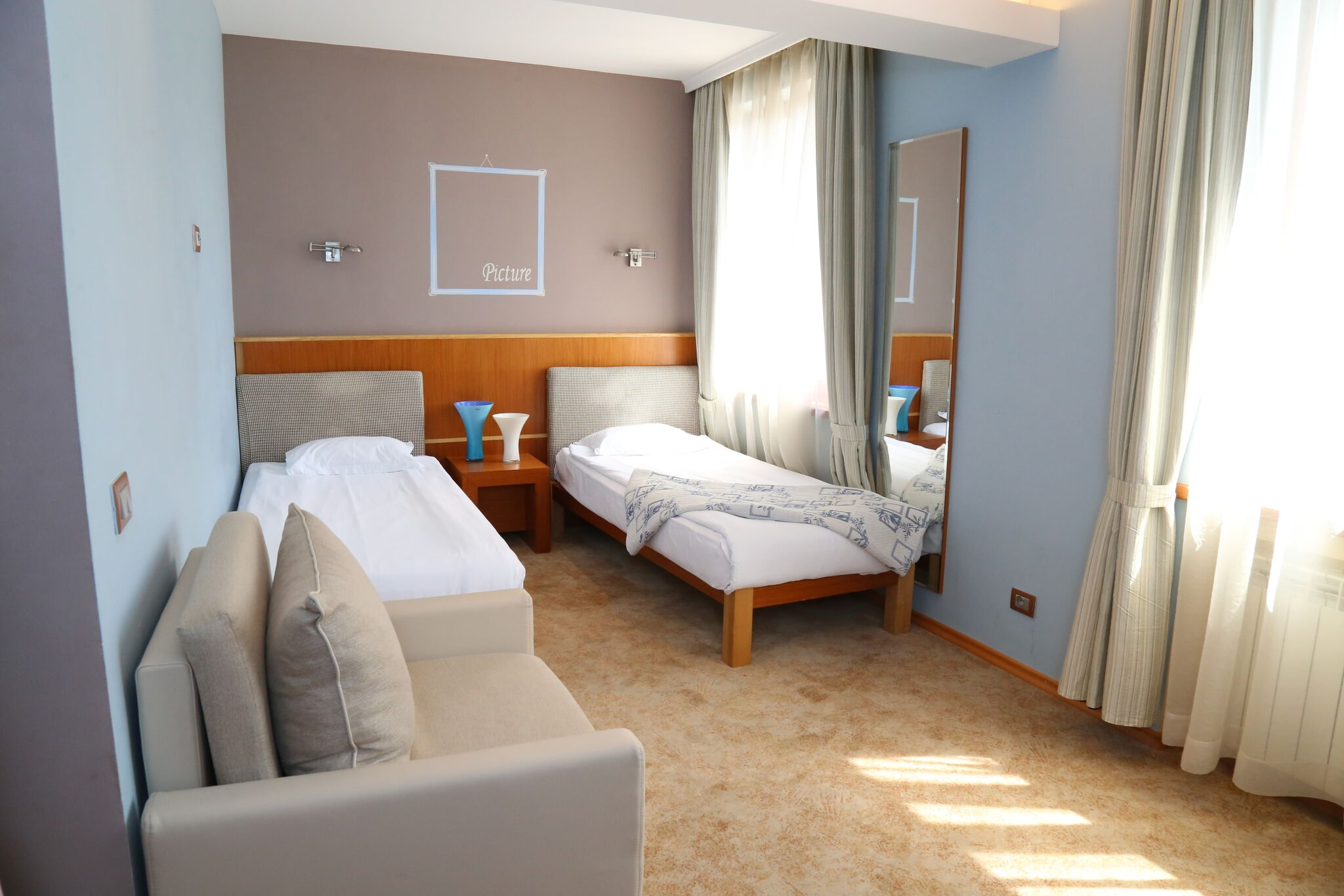 hotel-park-central-sliven-2-beds-room-1